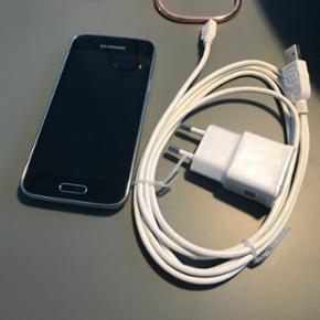 Samsung Galaxy S5 mini 16 GB m. oplader  - Aalborg  - Samsung Galaxy S5 mini 16 GB m. oplader Som ny, brugt i 3 måneder. Ingen ridser eller lignende - Aalborg