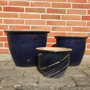 Krukker i blå nuancer, i forskellige st - København - Krukker i blå nuancer, i forskellige størrelser. De syv krukker sælges samlet for 350kr - København