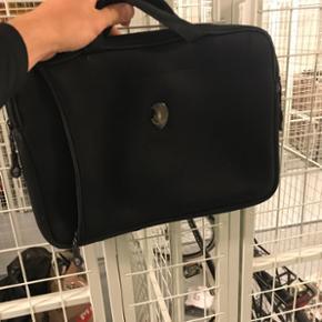 Computer taske. Brugt til en AlienWare m - Aalborg  - Computer taske. Brugt til en AlienWare med strl. 14-15