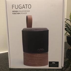Kähler FUGATO højtaler Helt ny og ubru - Århus - Kähler FUGATO højtaler Helt ny og ubrugt i kasse. Har en i forvejen jeg fik i julegave, så får den ikke brugt. Der er ingen kvittering da det er en firmagave. Den spiller super godt og er nem at integrere i hjemmet. Pris kun 1000,- (Vejl pris - Århus