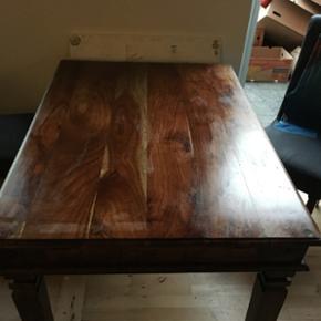 Bord, lækkert spisebord, gode tilbud og priser LIGE HER