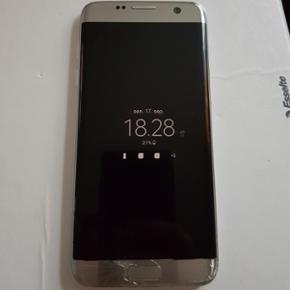 Samsung Galaxy s7 edge, dual-sim. Der ka - Ringsted - Samsung Galaxy s7 edge, dual-sim. Der kan være 2 SIM-kort i. Skærmen er defekt, men påvirker ikke funktionalitet og kan ikke ses, når telefonen er tændt. Der medfølger kasse og oplader. 1 år gammel - Ringsted
