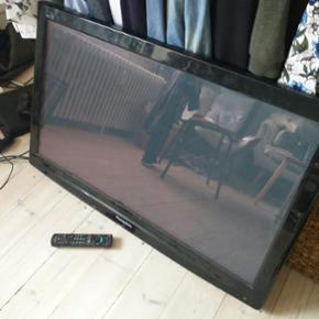 """Panasonic 42"""" plasma tv. Virker perfek - Århus - Panasonic 42"""" plasma tv. Virker perfekt og vægophæng medfølger. Købt i 2010 - Århus"""