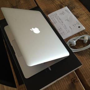 MacBook Air 13 inch Hej jeg sælger denn - Aalborg  - MacBook Air 13 inch Hej jeg sælger denne her MacBook Air, for min bror da han ikke skal bruge den mere. Det er en rigtig fin og meget hurtig laptop. Den fejler ingenting og batteriet er stadig fint. Den er blevet brugt til skolebrug osv. Den k - Aalborg