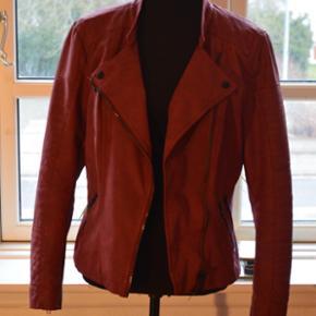 Lækker jakke!! Super god til at peppet  - Esbjerg - Lækker jakke!! Super god til at peppet et afsnit op - Esbjerg
