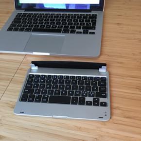 """Tastatur til IPad Mini modellen. Fungere - Aalborg  - Tastatur til IPad Mini modellen. Fungerer også som """"beskyttelse"""". Bluetooth. Ikke brugt, fejlkøb - Aalborg"""