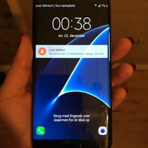 Samsung Galaxy s7 edge 32 GB, sort. Perf - Holbæk - Samsung Galaxy s7 edge 32 GB, sort. Perfekt stand, Fejler intet. Ingen ridser eller noget andet. Har altid været med skærmbeskyttelse og cover. Købt d. 01/11/16 så omkring 2 måneder gammel Skriv for mere info eller flere billeder. Ingen Ska - Holbæk
