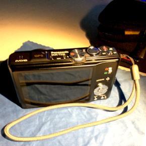 Panasonic DMC-TZ20 Lumix kamera til salg - København - Panasonic DMC-TZ20 Lumix kamera til salg, næsten ubrugt. Nypris 2500kr - København