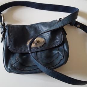 Fossil taske. Petroleumsblå. Aldrig bru - Randers - Fossil taske. Petroleumsblå. Aldrig brugt. Lækker kvalitet. - Randers