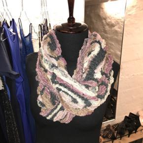 Halstørklæde  - Halstørklæde