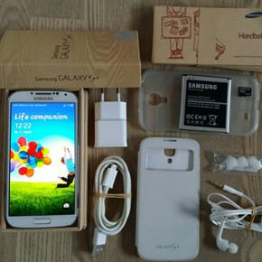 Samsung Galaxy S4 16 gb - Pæn stand, al - Herning - Samsung Galaxy S4 16 gb - Pæn stand, alt virker som det skal. Panserglas på skærmen. Ingen ridser på hverken skærmen eller panserglas. - Nulstillet og klar til brug. - Pakker og sender gerne. - Original lader, kasse, manual, ekstra batteri, - Herning