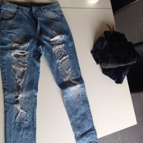 Fiveunits Ripped jeans S/m Brugt og vask - Randers - Fiveunits Ripped jeans S/m Brugt og vasket 5 gange ca Nypris 799,95 Populær model - Randers