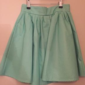 Mint grøn nederdel. Aldrig brugt. - Silkeborg - Mint grøn nederdel. Aldrig brugt. - Silkeborg