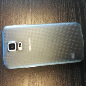 Samsung Galaxy S5 sælges. Har ingen mæ - Ringkøbing - Samsung Galaxy S5 sælges. Har ingen mærker af betydning. Har beskyttelse på så er ikke skærmen som er riset. - Ringkøbing