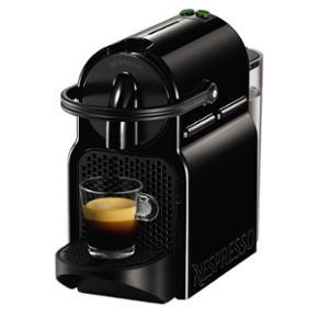 Nespresso maskine med kapsler og afkalkn - Odense - Nespresso maskine med kapsler og afkalkning - ca. et år gammel. Brugt få gange - næsten som ny. Afkalkning np: ca. 100kr 10 Kapsler np: 50kr (der medfølger 20 kapsler i alt) Maskine np: 600kr - Odense