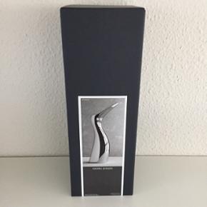 Madame Ibis kande fra Georg Jensen. Helt - Århus - Madame Ibis kande fra Georg Jensen. Helt ny og ubrugt. Ligger stadig i original emballage. En smuk og funktionel kande med samme ikoniske kendetegn som den originale IBIS, og alligevel et designprodukt, der er helt sig selv. Madame IBIS er perfek - Århus