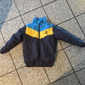 Hummel vinterjakke Str 128/8år Nsn 6715 - Esbjerg - Hummel vinterjakke Str 128/8år Nsn 6715 Tarp - Esbjerg
