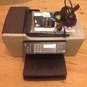 HP all-in-one printer, scanner og fax. F - Århus - HP all-in-one printer, scanner og fax. Funker optimalt. Brugervejledning og sort blækpatron medfører. Giv et bud ift. pris. Skal egentlig bare af med den, da jeg har fået en ny. - Århus