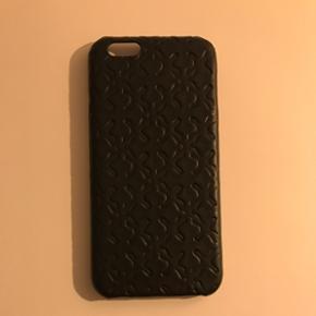 Cover til iPhone 6 fra By Malene Birger  - Aalborg  - Cover til iPhone 6 fra By Malene Birger i sort læder med signaturmønstret Arabian Flowerprint. Brugt meget lidt - ser ud som nyt! - Aalborg