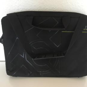 """Computertaske til bærbar str 15"""" - Holstebro - Computertaske til bærbar str 15"""" - Holstebro"""