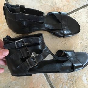 Billi Bi sandaler brugt 1 gang str 39. N - Billund - Billi Bi sandaler brugt 1 gang str 39. Nypris 599 - Billund