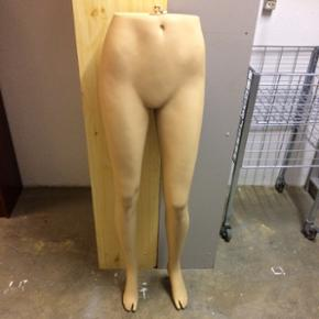 Mannequin til bukser og kan hænges op.  - Hillerød - Mannequin til bukser og kan hænges op. Str.36-38 - Hillerød