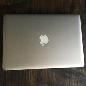 MacBook Pro (13-inch, Mid 2012), 2.5 GHz - Odense - MacBook Pro (13-inch, Mid 2012), 2.5 GHz Intel core i5, 4 GB ram, 500 GB harddisk. Jeg sælger min Macbook, der er købt i oktober 2012. Computeren har aldrig været i stykker og er i rigtig fin stand. Den har altid været opbevaret i et sleeve,  - Odense
