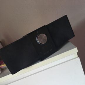 Højtaler fra mærket Logitech passer ti - Halsnæs - Højtaler fra mærket Logitech passer til en iPhone 4, men der er AUX indgang. Bud er tilladt - Halsnæs