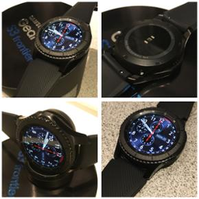 Samsung Galaxy Gear S3 Frontier Smartwat - Billund - Samsung Galaxy Gear S3 Frontier Smartwatch - sort med sort rem i 2 størrelser - trådløs oplader - super fin og velholdt uden ridser eller skrammer - komplet med alt tilbehør samt kasse og kvittering fra 26-8-2017, befinder sig i Give, sælge - Billund