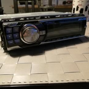 Alpine CDE-9882Ri sælges mangler stik o - Viborg - Alpine CDE-9882Ri sælges mangler stik og pynte ramme men kan købes for 100 kr virker helt fint rigtige god radio - Viborg