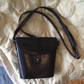 Sort håndtaske fra Boxca - Århus - Sort håndtaske fra Boxca - Århus