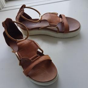 Sko fra inuovo Fint læder sko. Brug 2 d - Esbjerg - Sko fra inuovo Fint læder sko. Brug 2 dage da de er lidt for store til mig - Esbjerg