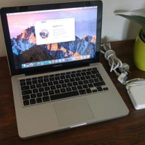 """Macbook Pro 13"""" Late 2011. Hurtig og vel - Otterup - Macbook Pro 13"""" Late 2011. Hurtig og velfungerende Macbook pro med i7 processor, 6GB DDR3-ram, 500 GB harddisk, Super Drive m.m. En af de kraftigste Macbook's fra perioden"""
