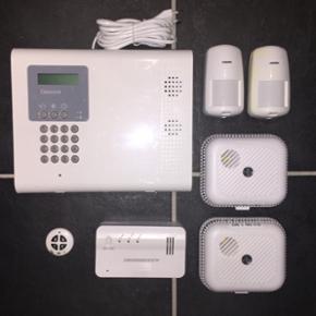 Tyverialarm Electronic Line 3000 iConnec - Frederikshavn - Tyverialarm Electronic Line 3000 iConnect iConnect er et trådløst alarm system, designet til privat bolig og mindre erhvervbygninger. Brugeren vil modtage en SMS eller talebesked ved alarm, og kan desuden til- og frakoble systemet via SM - Frederikshavn