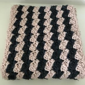 Det skønneste tube tørklæde fra MbyM. - København - Det skønneste tube tørklæde fra MbyM. Kun brugt én gang. Nypris: 369 kr. Kun 75 kr. - København