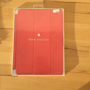 IPad cover - passer til alle iPad Air mo - Herning - IPad cover - passer til alle iPad Air modellerne. Næsten ikke brugt, original emballage medfølger. Nypris 300 kr - pris ide: 100 kr