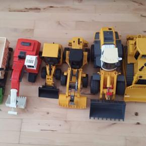 Min søn sælger sine legetøjsmaskiner. - Hillerød - Min søn sælger sine legetøjsmaskiner. Der er 6 stk og de er i rigtig god stand. Kom med et bud - Hillerød