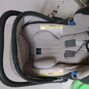 Mercedes Auto stol 0-13 kg alt betræk k - Frederikshavn - Mercedes Auto stol 0-13 kg alt betræk kan vaskes ved 40° og tørres i tørretumbler - Frederikshavn
