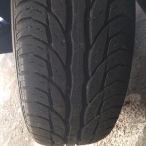 Dæk på stålfælge. Str. 196/65 R 14 U - Nykøbing M - Dæk på stålfælge. Str. 196/65 R 14 Uniroyal rain tyre. Kom med et bud - Nykøbing M