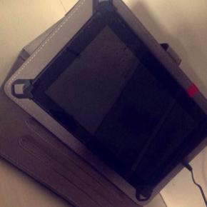 Sælger min tablet fra DENVER, nærmest  - Ringsted - Sælger min tablet fra DENVER, nærmest ny! Til tabletten medfølger cover/itui og oplader... Original æske medfølger!