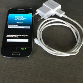 """Samsung Galaxy S4 mini. Brugt og købt i - Esbjerg - Samsung Galaxy S4 mini. Brugt og købt i Thailand som rejse telefon"""" virker perfekt og ingen skrammer"""" - Esbjerg"""