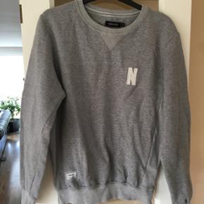 Sweatshirt fra Non-sens. Str. Small. Gr? - Roskilde - Sweatshirt fra Non-sens. Str. Small. Grå. Fin stand. - Roskilde