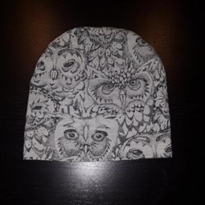 Soft Gallery - Beanie Drizzle Owl - str. - Esbjerg - Soft Gallery - Beanie Drizzle Owl - str. 2. Meget flot stand. - Esbjerg