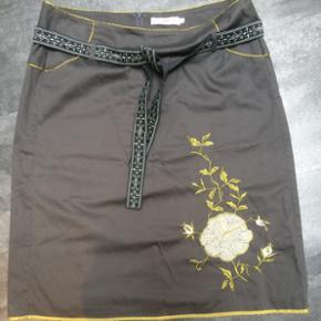 By groth nederdel køb og salg | Find den bedste pris!