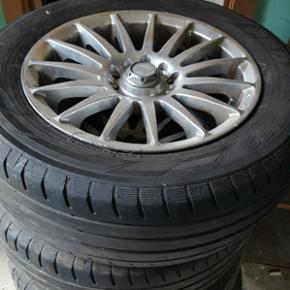 Alufælge passer på de fleste biler de  - Næstved - Alufælge passer på de fleste biler de er 4 × 100 - 205/60/R15 tommer med næsten nye dæk på hvor de 2 af dæk skal skiftes byd skal væk - Næstved