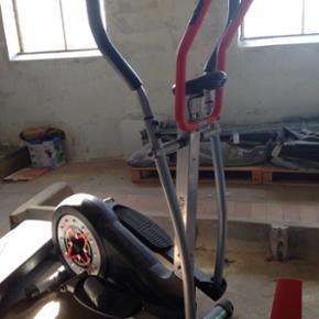 Crosstrainer fra Hammer, god solid model - Horsens - Crosstrainer fra Hammer, god solid model ala fitnesscenter Ny pris 1000kr - Horsens