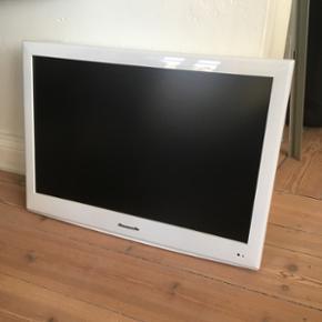 Panasonic fladskærm fjernsyn i hvid Dvd - Århus - Panasonic fladskærm fjernsyn i hvid Dvd-drev. Vægophæng følger med. BYD gerne. (Sælges for en veninde, vær derfor opmærksom på lidt ekstra svartid) - Århus