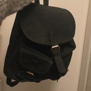 Taske, dejlig køb, salg og brugt lige her   Se mere her side