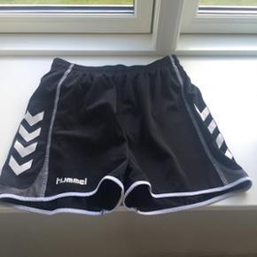 Adidas shorts til piger str. 152. De er  - Hjørring - Adidas shorts til piger str. 152. De er HELT NYE - Hjørring