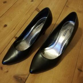 Sorte Graceland sko, st. 38, brugt, men  - Odense - Sorte Graceland sko, st. 38, brugt, men i god stand. - Odense